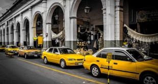 La nueva modalidad permitirá pagar el servicio del taxi mediante tarjetas de crédito. Foto: www.borntovacation.com