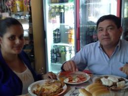 Teodosio Gomez intendente de Villeta y su esposa.