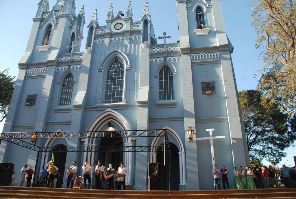 Comenzó festejos patronales y fundacionales de San Lorenzo del Campo Grande.
