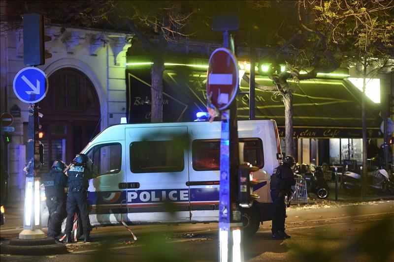 Le Bataclan, lugar donde se realizaba un concierto también fue lugar de atentado