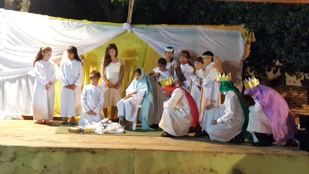 Los actores pertenecen a distintas catequesis de la capilla y del equipo pastoral.