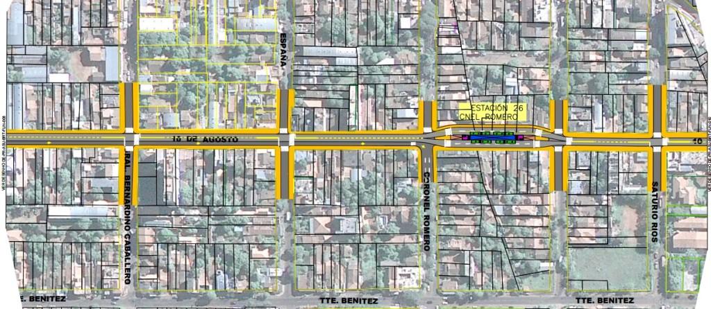 Trazado que muestra parte del recorrido de los buses sobre la calle 10 de Agosto. Se nota que la estación N° 26 hará que se tenga que expropiar varios terrenos. (Imagen tomada del informe final de estudios realizada en julio de 2015)