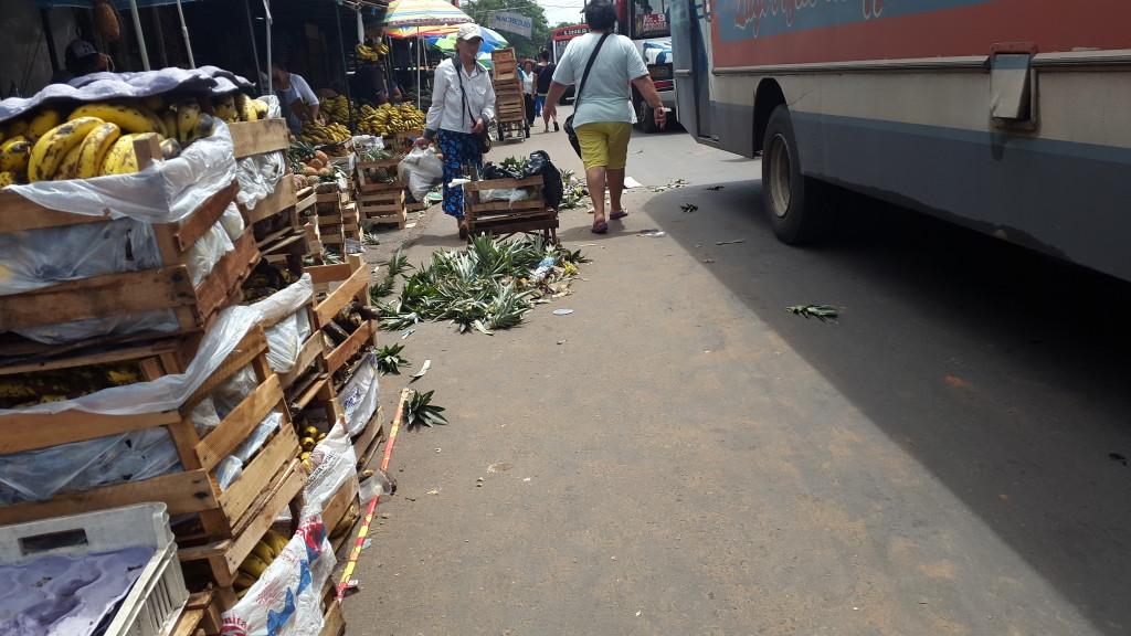 """La calle Julia M. Cueto es considerada internacional, por lo tanto no puede ser considerada como """"del mercado"""""""