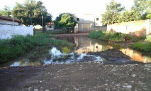Varias calles quedaron sin terminar obras de empedrados. (Imagen calle Kurupi y Calixto Ruiz de Laurenty)
