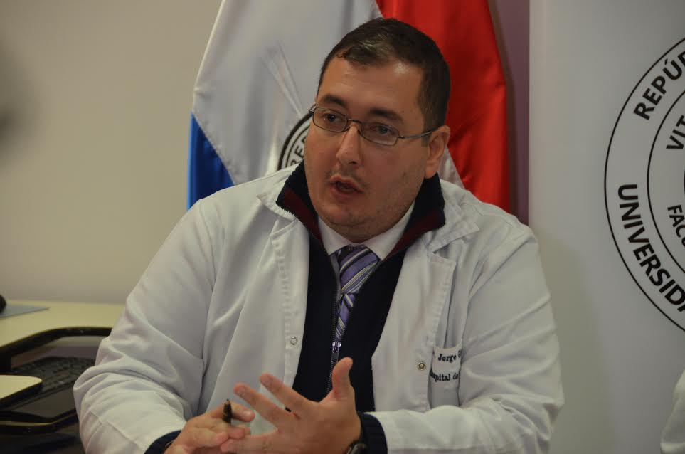En Hospital de Clínicas registran caso de menor con meningitis