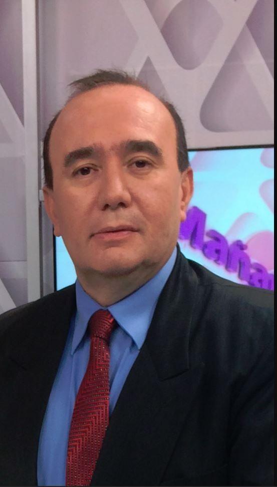 Dr. Víctor Canata